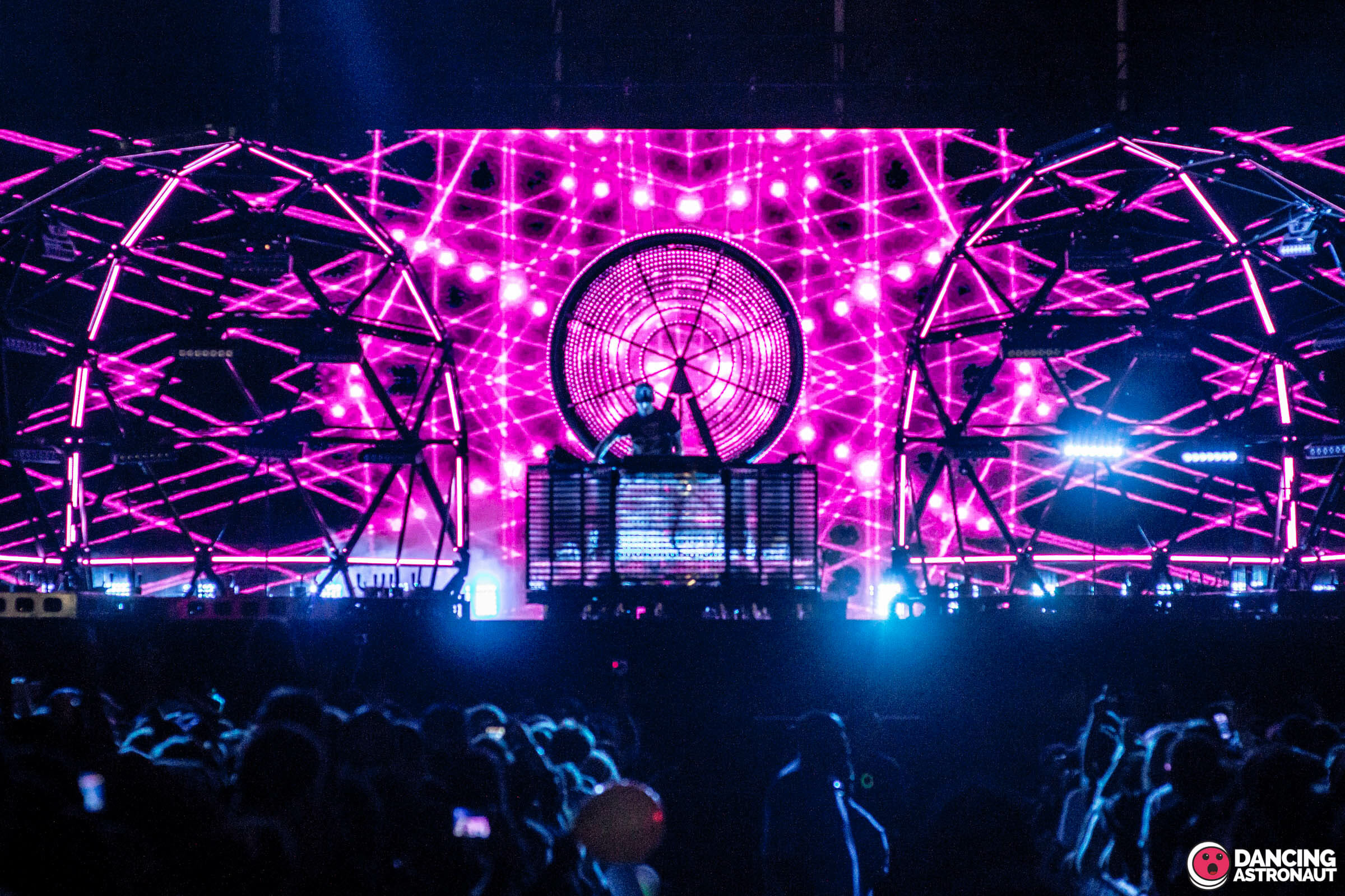 deadmau5 teases new track, 'Sick Days'Deadmau5 Governors Ball 2015 Dancing Astronaut Andrew Spada 17