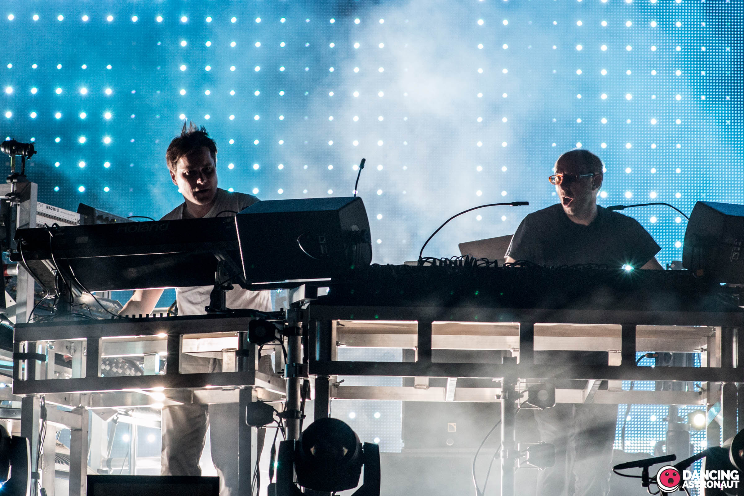Listen to The Chemical Brothers' triumphant new single, 'C-h-e-m-i-c-a-l'Ultra Europe 2015 Day 1 Chemical Brothers 1