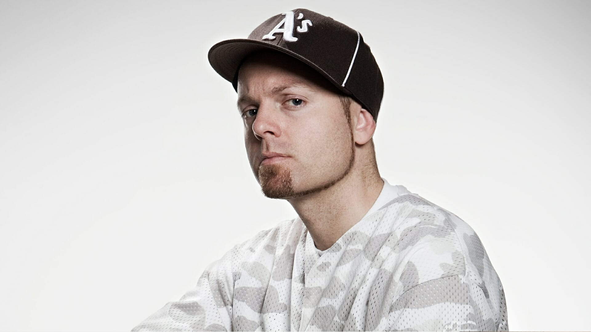 DJ Shadow is selling his private record collection to fansShadow