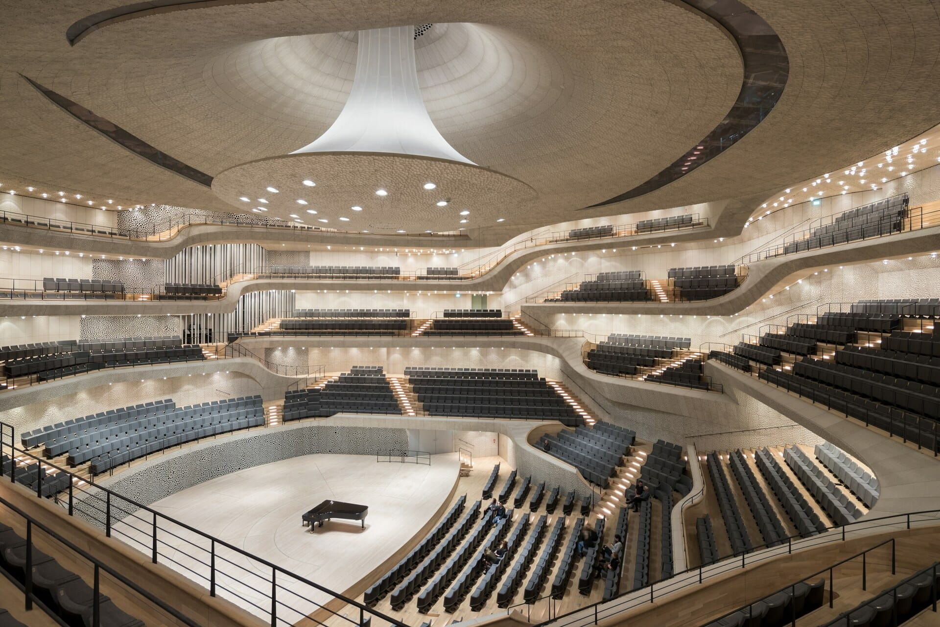 Check out this acoustically-perfect concert hall, designed with algorithmsElbphilharmonie