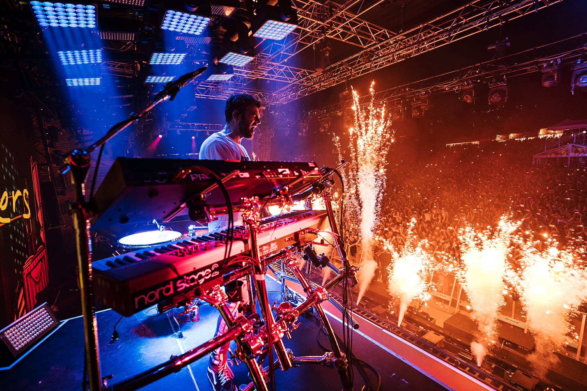 The Chainsmokers: 'Memories… Do Not Open' Worldwide Arena Tour [PHOTOS]Chainsmokers Australia Brisbane Show 1992 Med