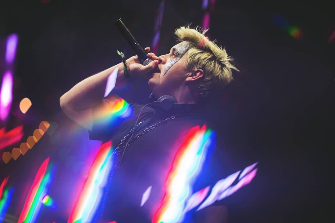 Flux Pavilion finally releases the closing song for his 2019 sets: 'Endless Fantasy' featuring Eli-Rose SanfordFlu Pavilion Symphony