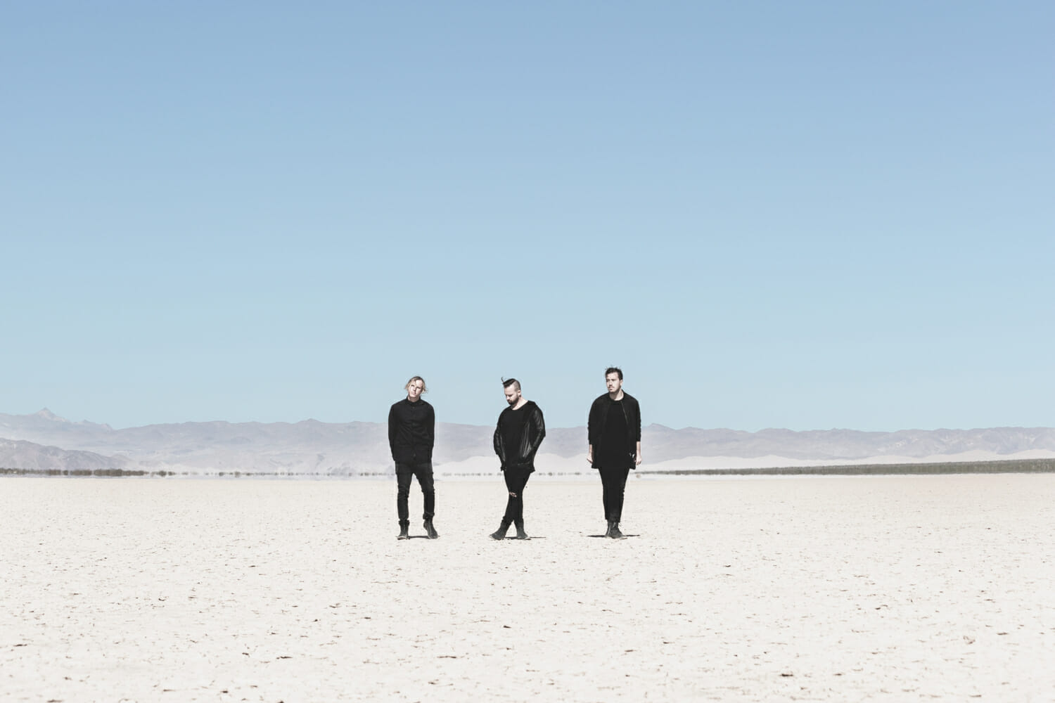 RÜFÜS DU SOL effect desert drama in 'No Place' music video [Watch]RUFUS PressShot LeFawnhawk