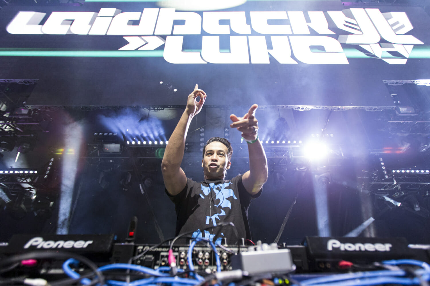 NMF Roundup: Laidback Luke remixes Knife Party, Jason Ross and Dabin team up + moreLaidbackLuke TimSnow 20140816 3