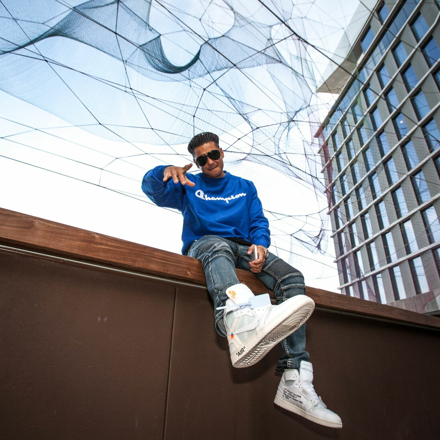 Saturday Night Session 001: DJ Pauly D takes listeners on a wild ride with custom mix and talks embarrassing tour stories [Interview]DJ Pauly D