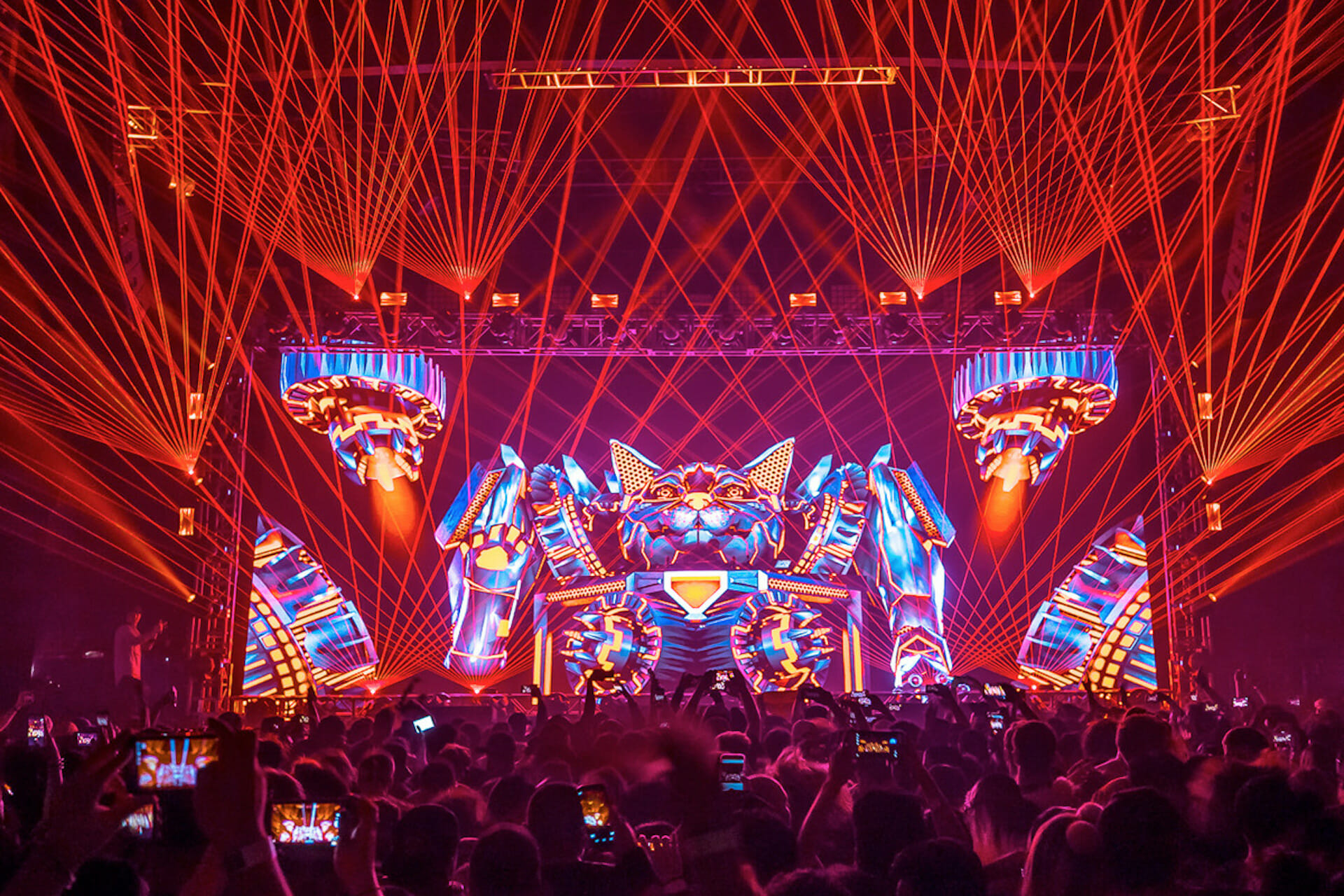 Good Morning Mix: Excision delivers unremitting bass in vigorous Lost Lands set [Watch]Ecision Lost Lands