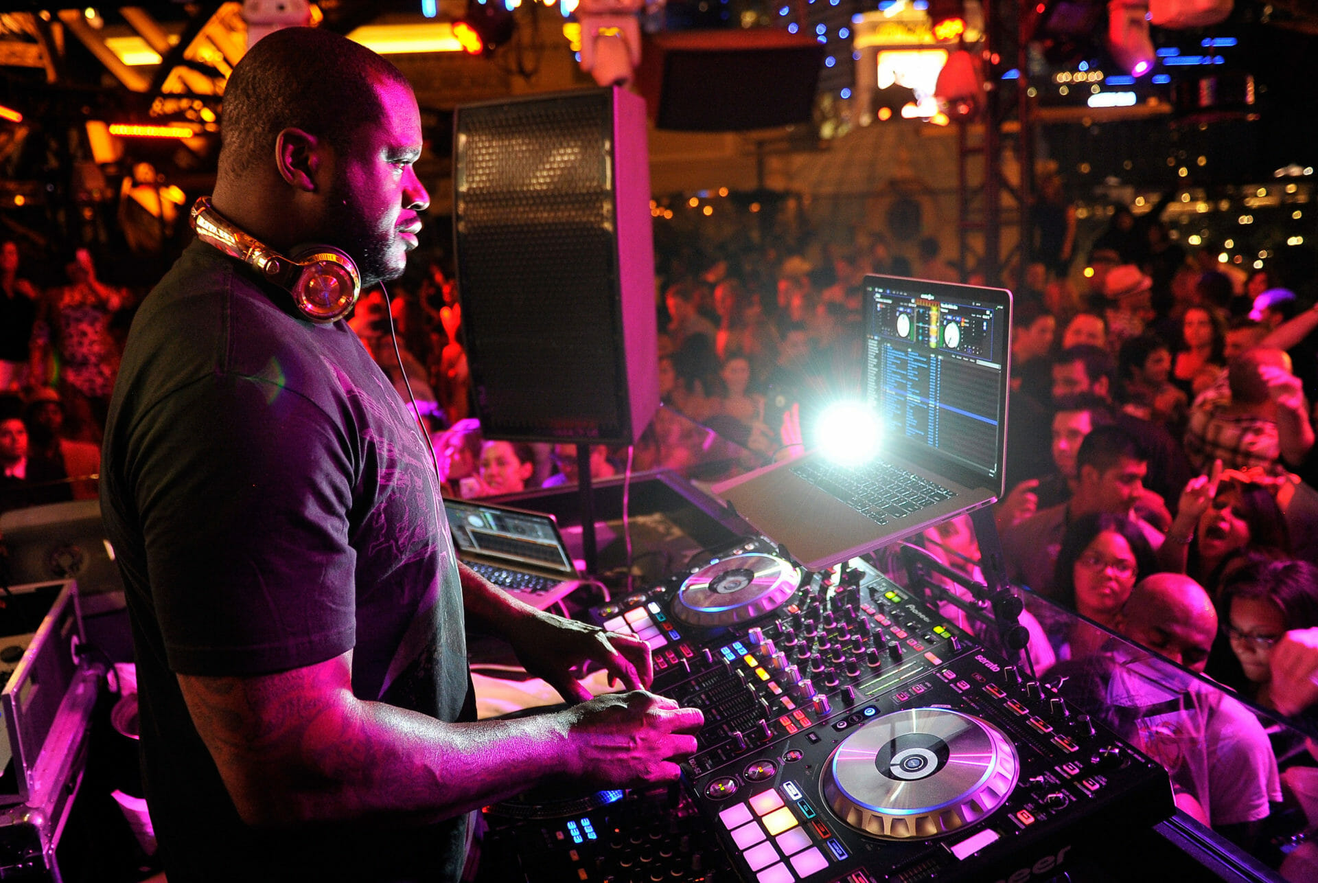 Shaquille O'Neal teams up with Eliminate on monstrous dubstep number, 'Tear It Up'Shaq Djing E1595300179999