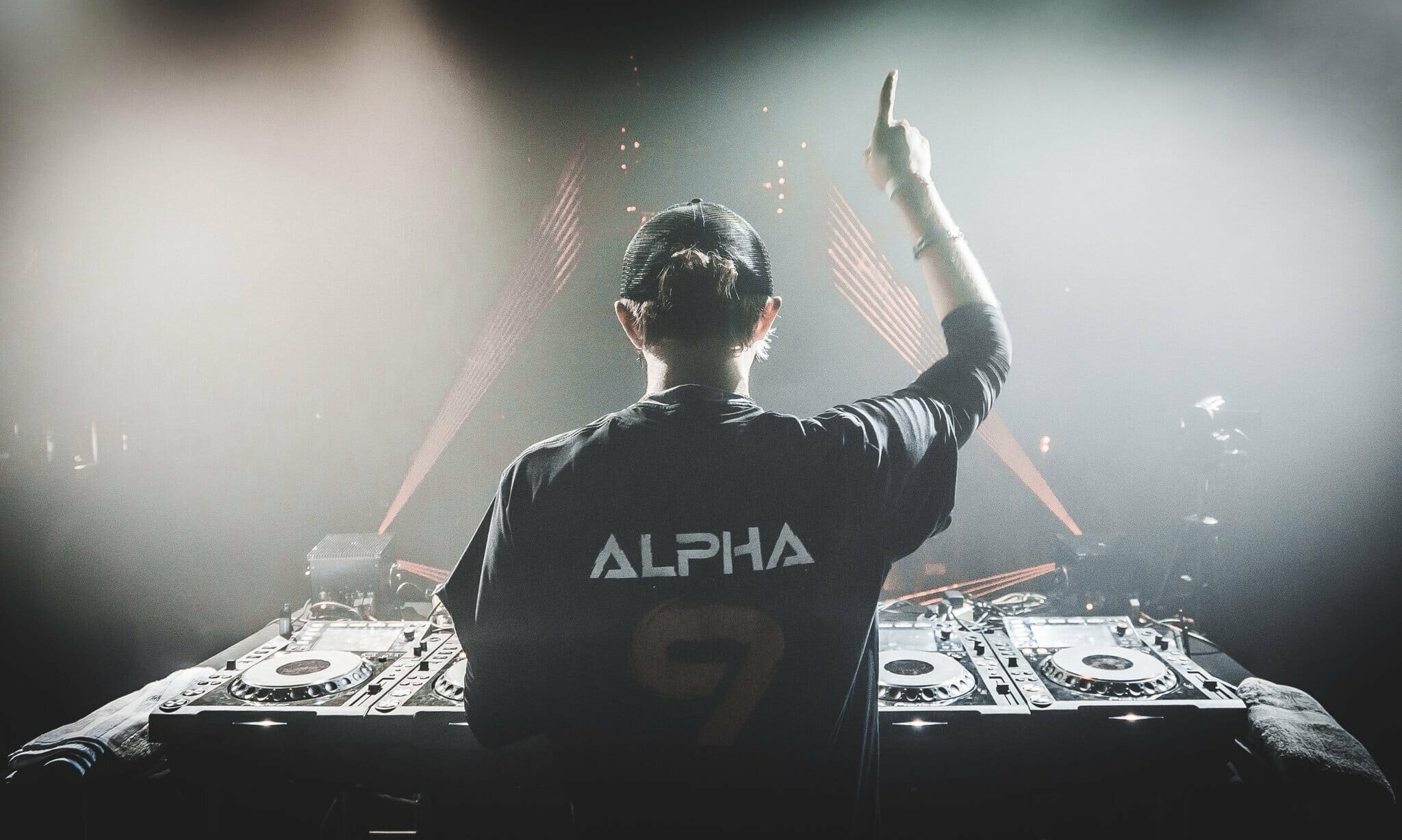 ALPHA 9 shares stellar remix of Above & Beyond's 'Good For Me'DVnRJ0iVQAAWn0J 1