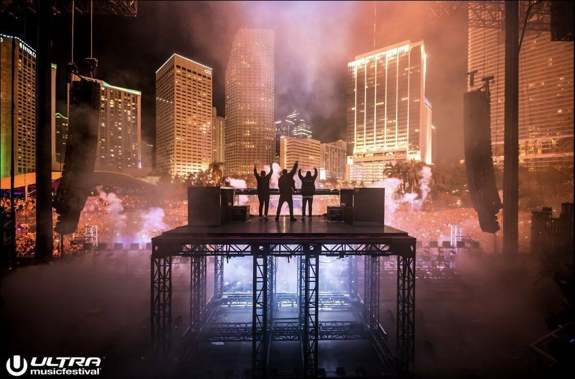 Swedish House Mafia have reportedly parted ways with Columbia RecordsET RjQEWoAYOR6D